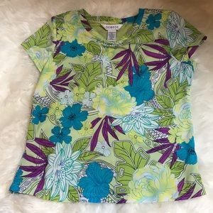 Floral green t shirt with lining